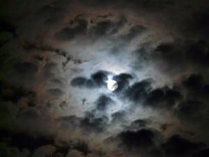 moon-64841_640