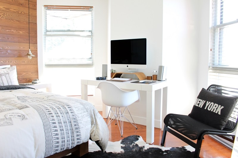 The Benefits of Living in a Small Apartment for Military Couples