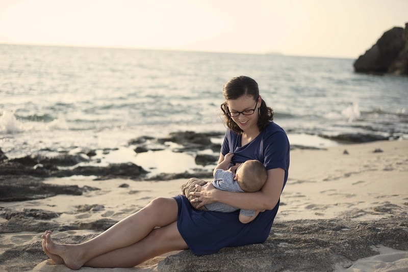 True Life: I Did A Breastfeeding Photo Shoot